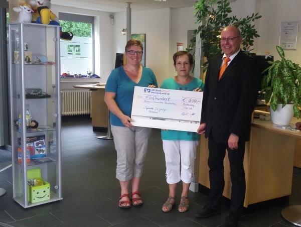 Spendenübergabe an den Kirchen- und Frauenchor Rauschenberg