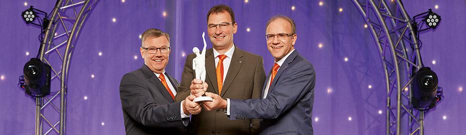 """Auszeichnung """"Premier-Bank 2014"""" der Oskar-Patzelt-Stiftung"""